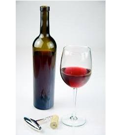 glass og flaske,rødvin